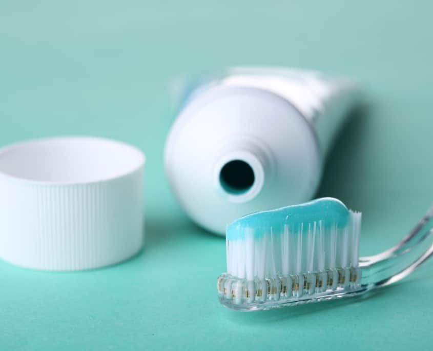 toothbrush toothpaste oral care